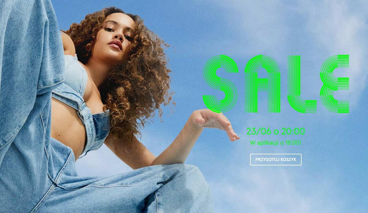 Bershka Bershka: wyprzedaż do 50% zniżki na odzież dla kobiet i mężczyzn